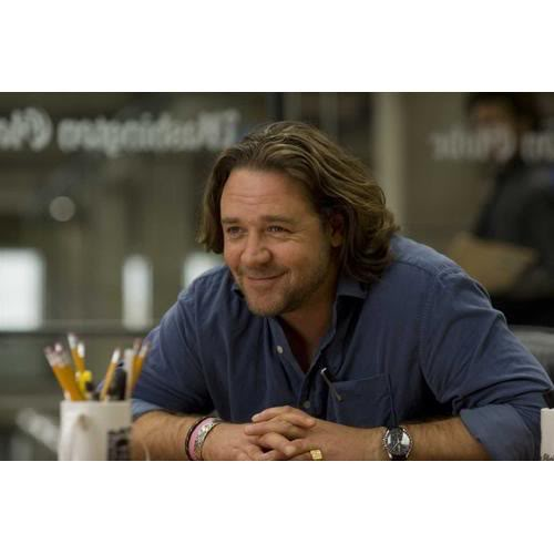Russell Crowe wearing OMEGA